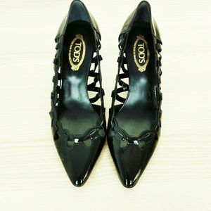 Tod's patent leather heel shoes